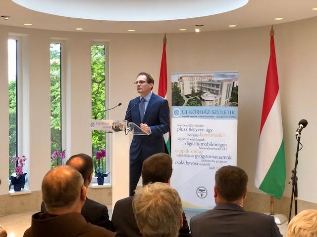 Átadták és megáldották a Budapesti Szent Ferenc Kórház új szárnyát